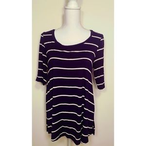 AMERICAN EAGLE STRIPED 3/4 SLEEVE TOP